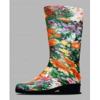 Может ли быть женская резиновая обувь  красивой и стильной?